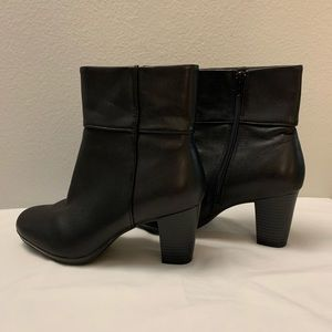 🎈Clarks ankle boots